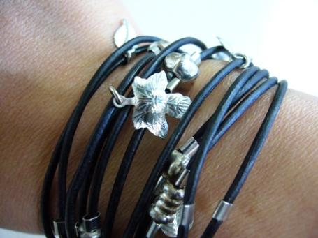 sara designs bracelet