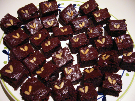 フラワーレスチョコレートケーキ