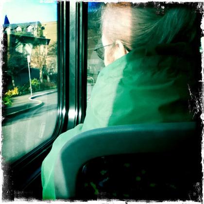 バスの中で