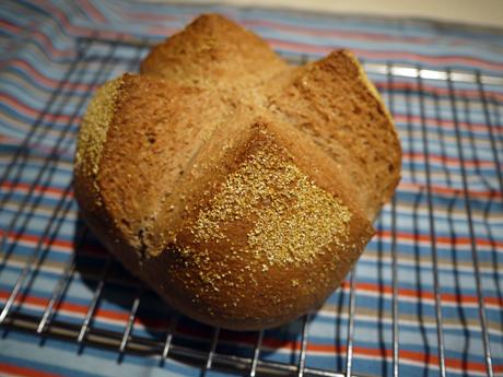 リンゴ酵母のパン