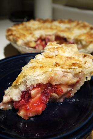 りんごとクランベリーのパイ