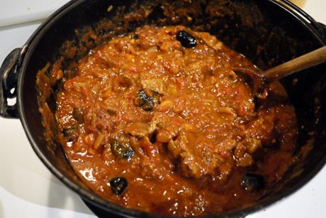 ラム肉とブラックオリーブのシチュー