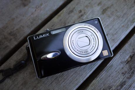 lumix-conpact
